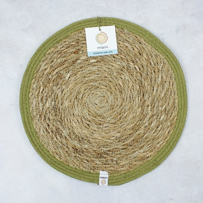 Round Seagrass & Jute Tablemat - Natural/Green - with packaging
