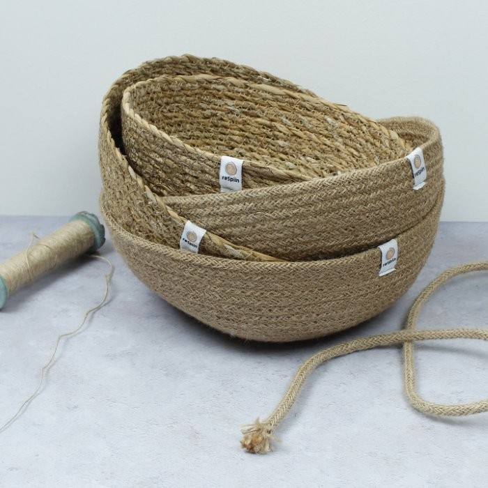 Seagrass Bowl - Medium - Natural - with jute rope and thread