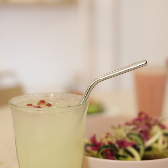 Stainless Steel Bent Straw - in Use
