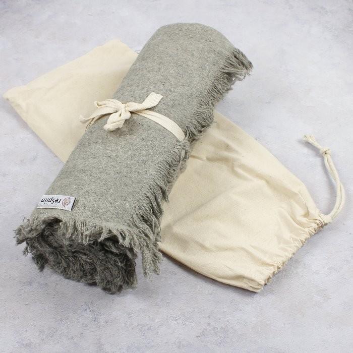 Throw with Cotton Drawstring Bag